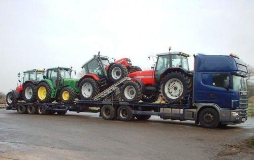 Mark Hellier Tractors 321